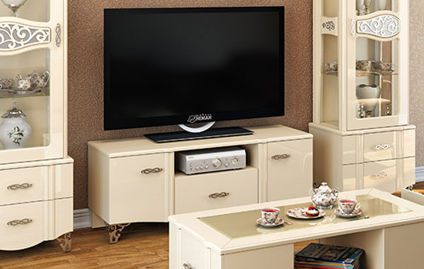 Lowboard Wohnzimmer TV-Tisch TV-Board 136cm creme / creme Hochglanz ...
